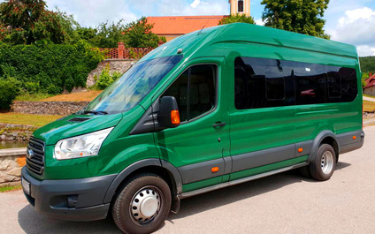 Mikrobus Ford Transit 16+2 miest